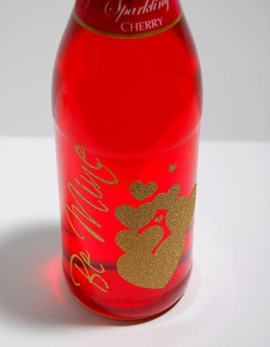 Personalized wine bottle label
