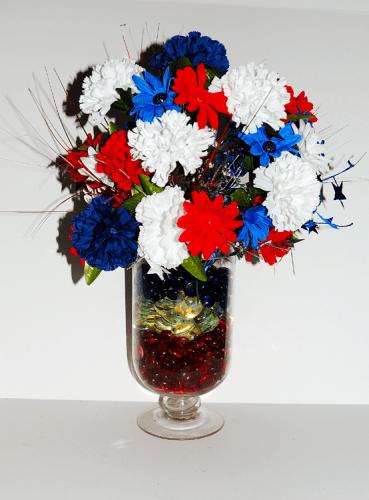 Lighted DIY Patriotic Centerpiece| Patriotic Stars